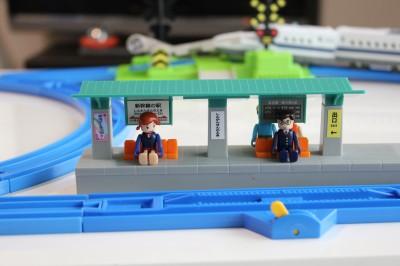 プラレール駅画像