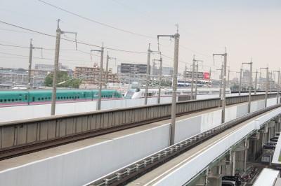 新幹線はやぶさとこまちの連結