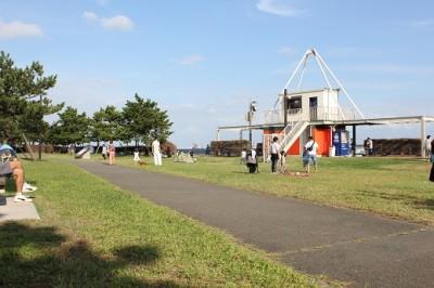 城南島海浜公園広場