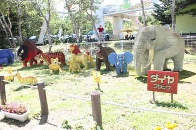 軽井沢玩具王国ブロックで作られた動物達