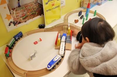 グランパパ木の鉄道のおもちゃ
