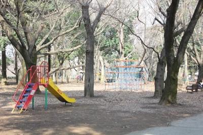 砧公園子供の森遊具