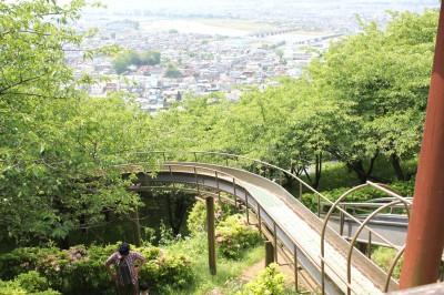 神奈川県松田市の絶景滑り台