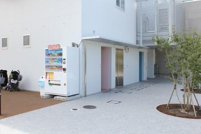 二子玉公園遊具場隣トイレ