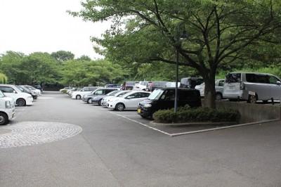 四季の森公園-駐車場