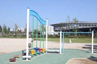新横浜公園-アスレチック遊具