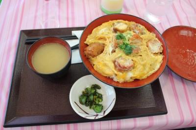 佐野サービスエリアのレストラン「キッズダイニング」-親子丼