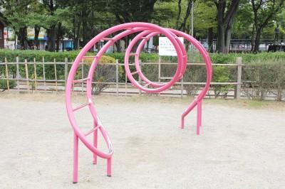 行徳駅前公園-ユニークな遊具