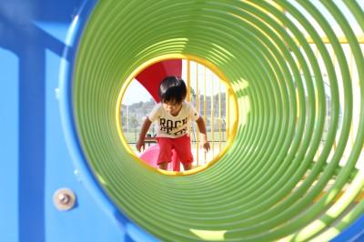 新横浜公園-トンネル遊具