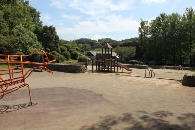 三ツ池公園-遊具広場(遊びの森)