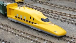 ドクターイエロー-ミニ新幹線
