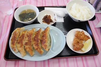 佐野サービスエリアのレストラン「キッズダイニング」-餃子定食