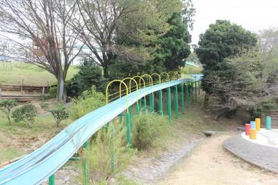 愛知こどもの国-ロング滑り台
