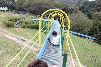 愛知こどもの国-あさひが丘ロング滑り台