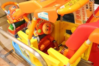 子供が喜ぶアンパンマンのカート-トレッサ横浜