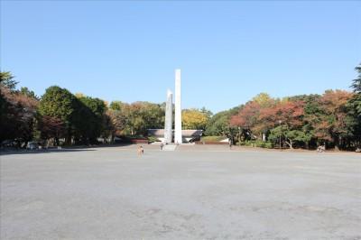三ツ沢公園戦没者慰霊塔
