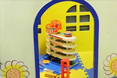 玩具が置いてある小さなお部屋