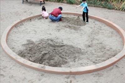 丸いお砂場
