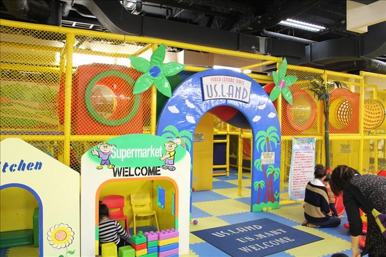 KIDS-US-LANDのジャングルジム入口