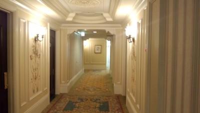 東京ディズニーランドホテルの廊下