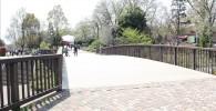 麻溝公園・花の谷の橋の写真