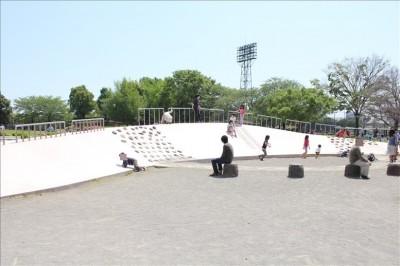 大師公園のユニークな遊び場