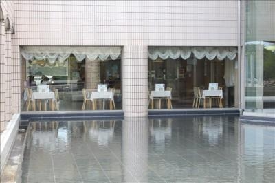 かながわアートホールレストラン