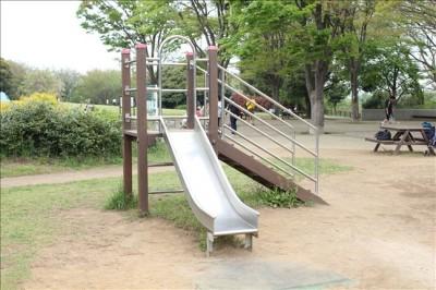 幼児用の滑り台
