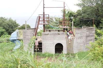 観音崎公園の船の遊具
