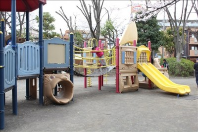 冒険広場の複合遊具