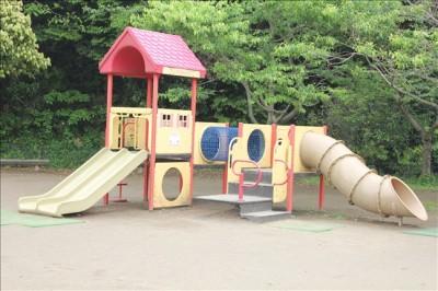 冒険ランドの幼児向け滑り台