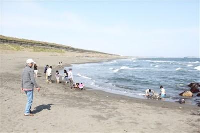 湘南の柳島海岸