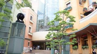川崎チネチッタ映画館建物正面写真