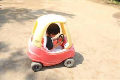 無料で借りられる子供用のミニカー