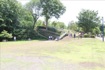 防災の丘公園の子供広場の様子