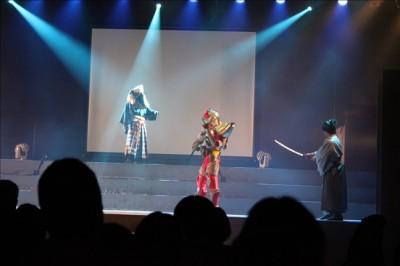 仮面ライダーガイムのステージの様子