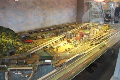 蒸気機関車館内にあるミニSLが走るジオラマ