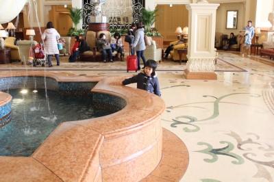 東京ディズニーランドホテルの噴水