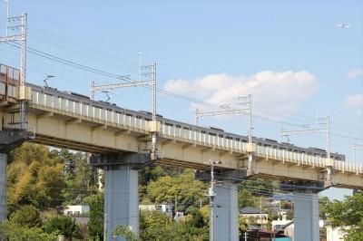 栗山近隣公園から見える鉄橋