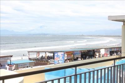 テラスから見える湘南の海