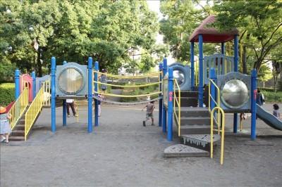 洋光台駅前公園の遊具