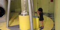 レバーを押すと気泡が出る装置
