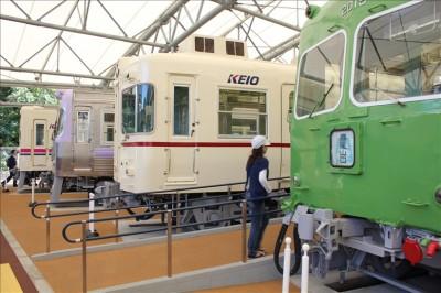 現役を退いた京王電車の展示コーナー