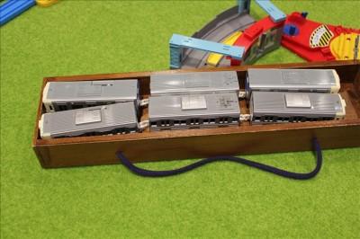 貸し出された電池ありのプラレール