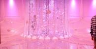 ピンク色の照明が綺麗なスペースアスレチック