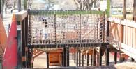 網の橋の遊具