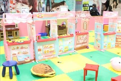 子供用のキッチンカウンター ごっこハウス