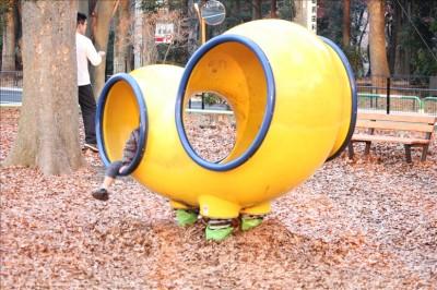 変わった黄色い乗り物