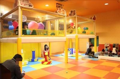 室内子供が遊べるレジャー施設
