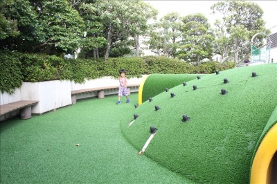 子供が遊べる屋上庭園
